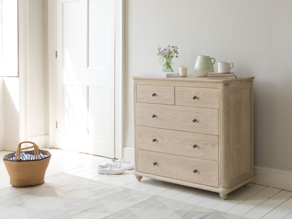Élodie chest of drawers: modern Bedroom by Loaf