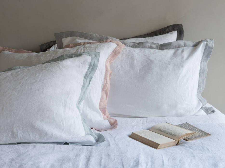 Lazy Daze bed linen:  Bedroom by Loaf