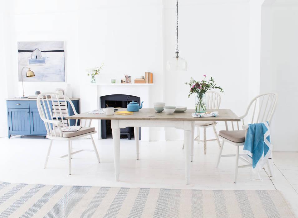 Toaster Flip Top in Vintage White: modern Dining room by Loaf