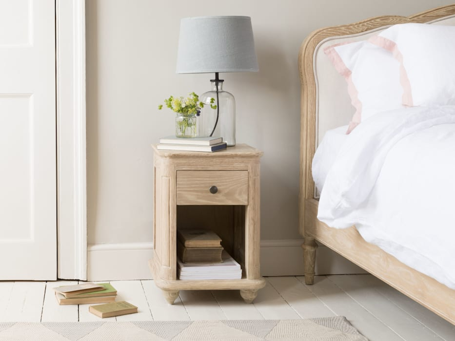 Amity side table: modern Bedroom by Loaf