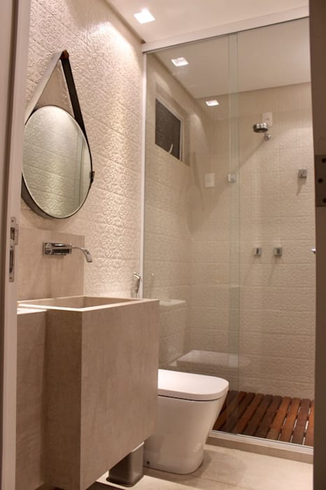 Modern Bathroom by Opus Arquitetura e Urbanismo Modern