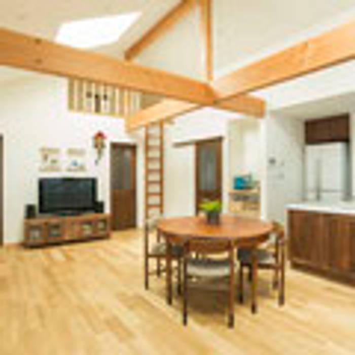 茨木の家 建築工房 感 設計事務所 モダンデザインの ダイニング