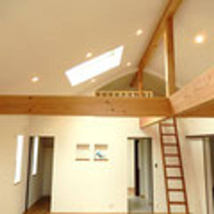 茨木の家 の 建築工房 感 設計事務所 モダン