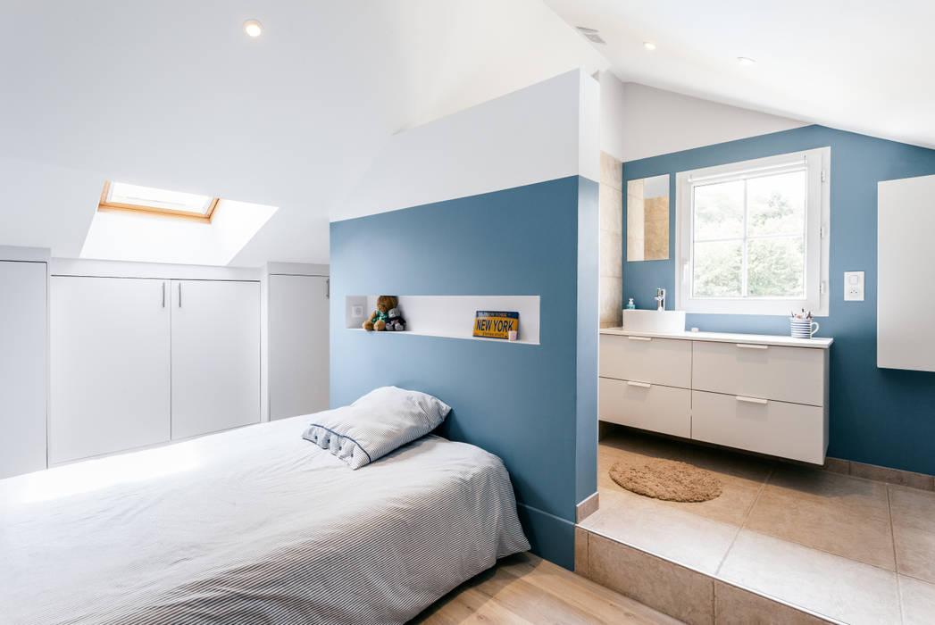 Chambre Avec Douche: Chambre De Style Par MadaM Architecture