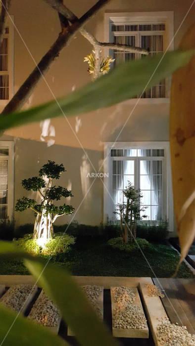Casetas de jardín de estilo  por ARKON