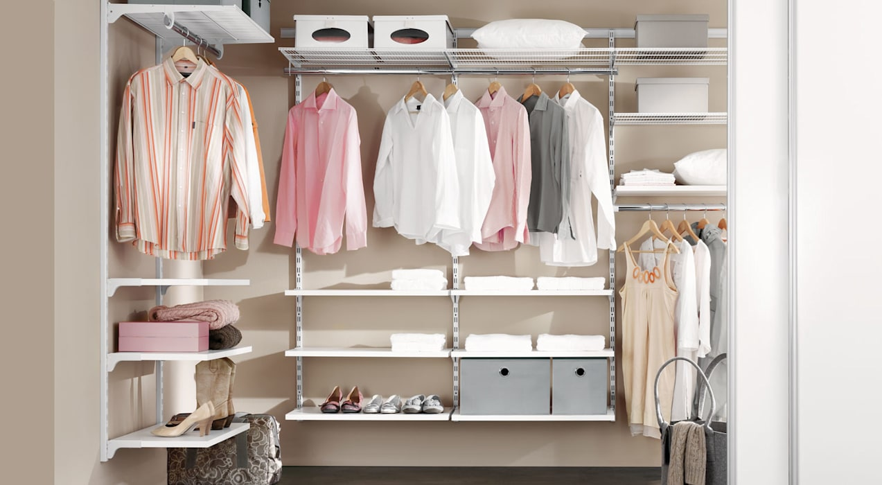 WALK-IN - Wardrobe Shelving System:  Dressing room by Regalraum UK