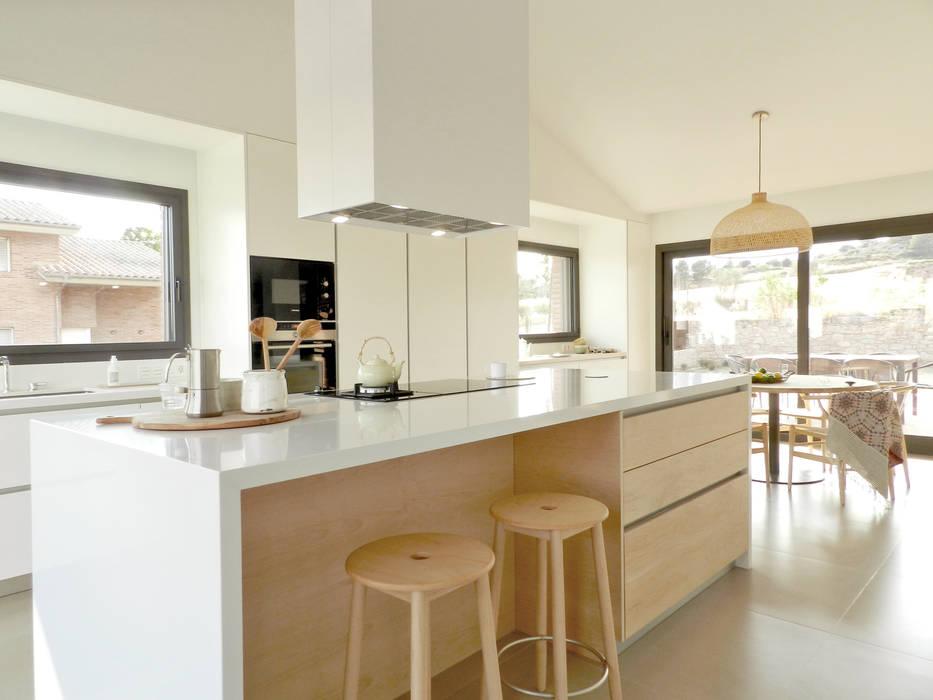 Cocinas de estilo  por Claudina Relat, arquitectura , Escandinavo
