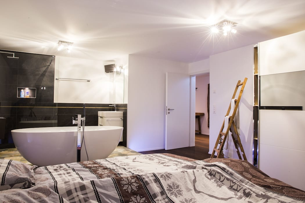 Ein bad im schlafzimmer – bad en suite moderne badezimmer ...