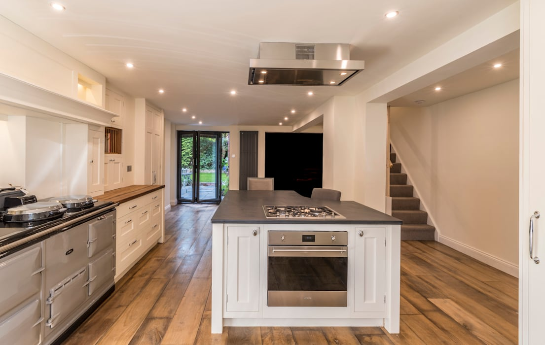 Wooden floor, bespoke kitchen units, : classic Kitchen by John Gauld Photography