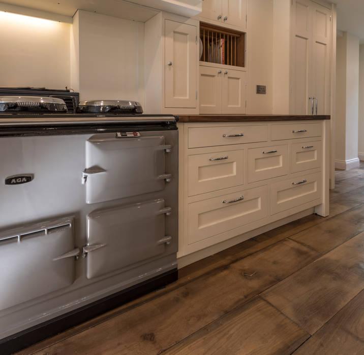 Bespoke drawers:  Kitchen by John Gauld Photography
