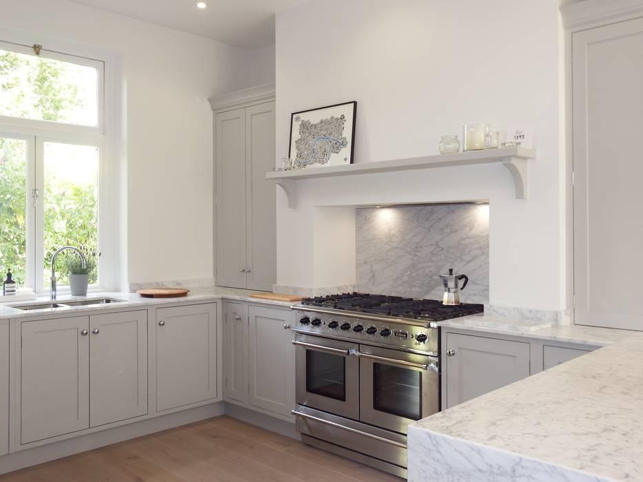 Bespoke Kitchen Harrogate: modern Kitchen by INGLISH DESIGN