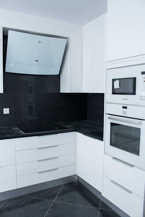 Built-in kitchens by ORCHIDS LOFT, Modern Wood Wood effect