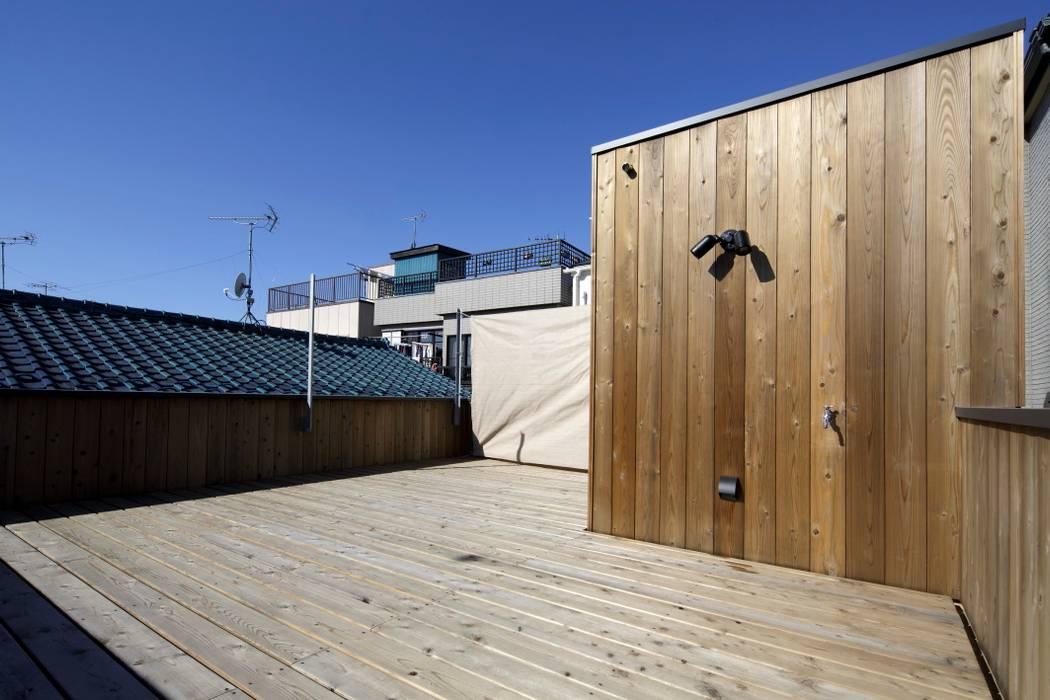Roof terrace by スタジオ・スペース・クラフト一級建築士事務所