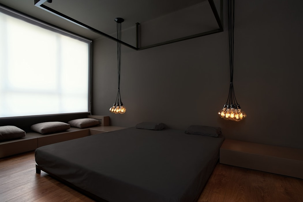 vz1h: Спальни в . Автор – IGOR SIROTOV ARCHITECTS, Минимализм