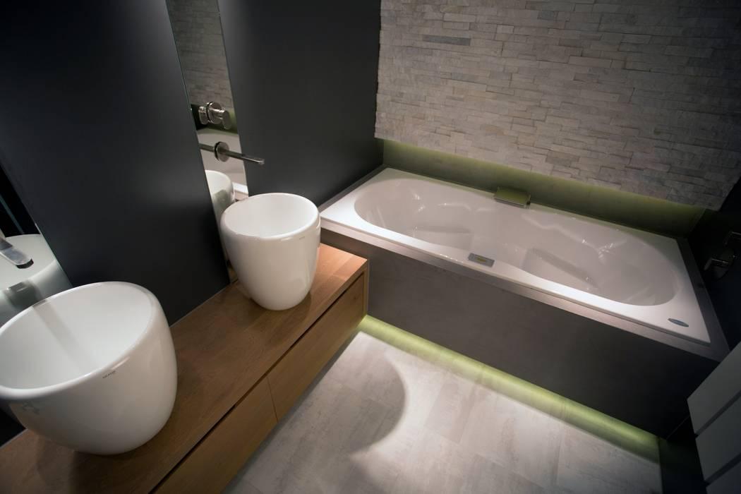 Badkamer Met Whirlpool : Royale whirlpool en massief eiken houten badkamermeubel badkamer