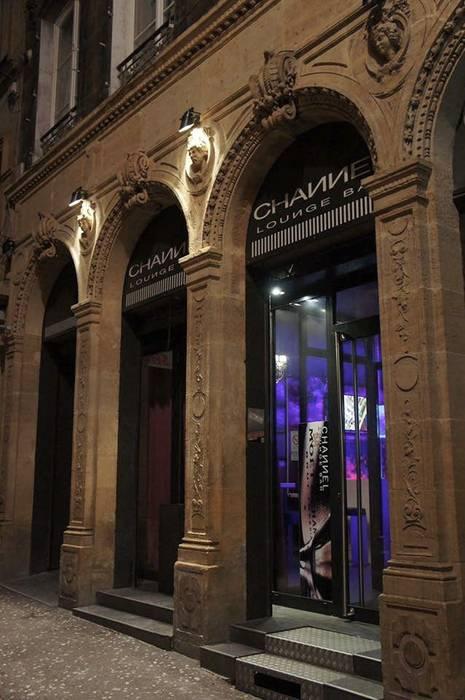 Bar club Le Channel Metz: Bars & clubs de style  par Jeremy Collin Ebeniste - créateur