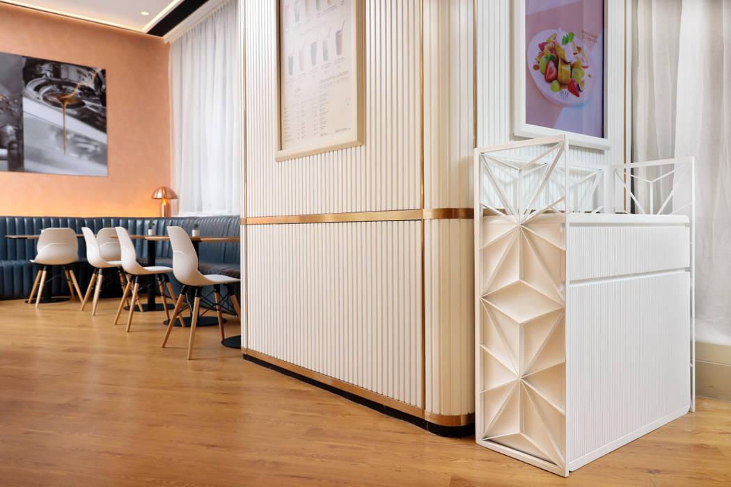 Joo de Rolls by Artta Concept Studio Modern