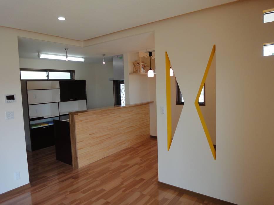 マルモコハウス Modern kitchen