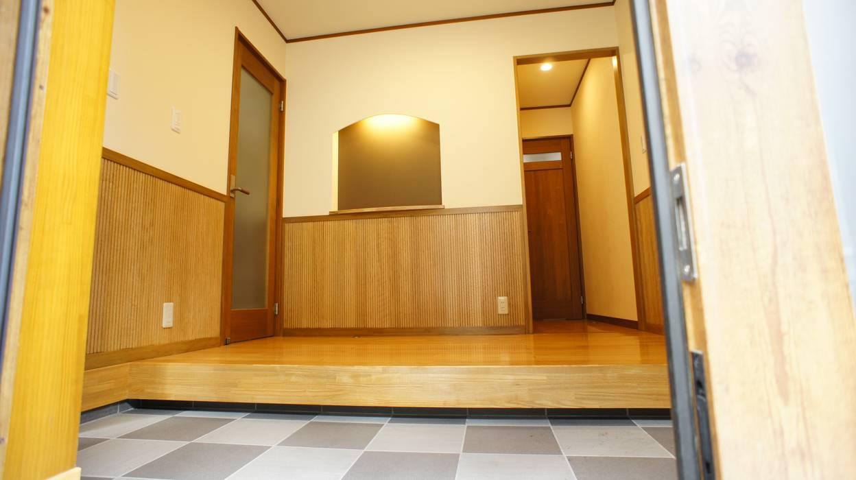 マルモコハウス Koridor & Tangga Modern