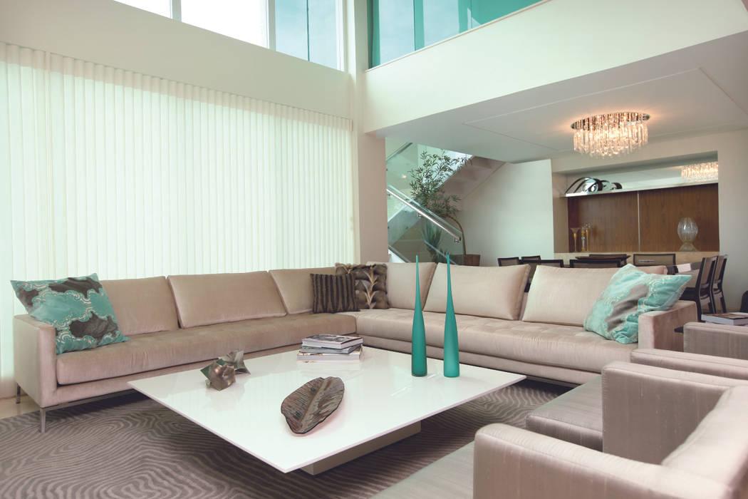CASA - ALPHAVILLE Salas de estar modernas por Danielle Valente Arquitetura e Interiores Moderno