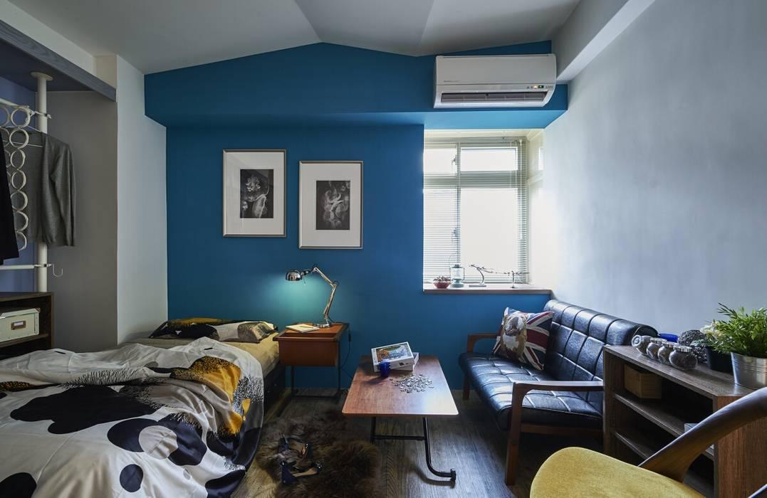 色彩融合:  臥室 by 第宅空間設計