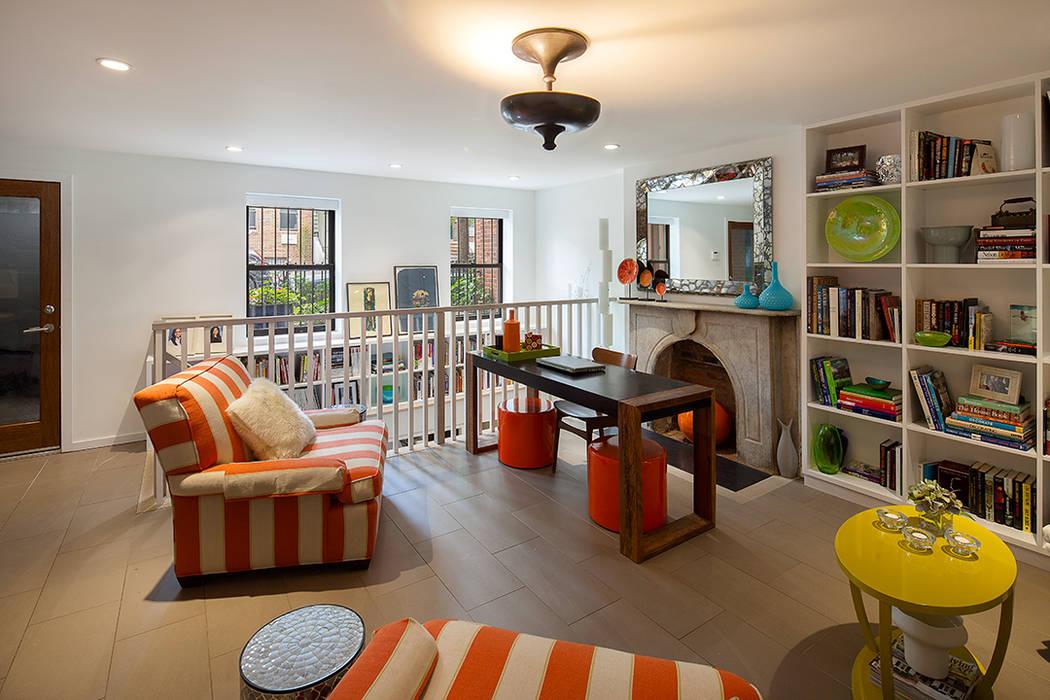 Carroll Gardens Townhouse Modern study/office by andretchelistcheffarchitects Modern