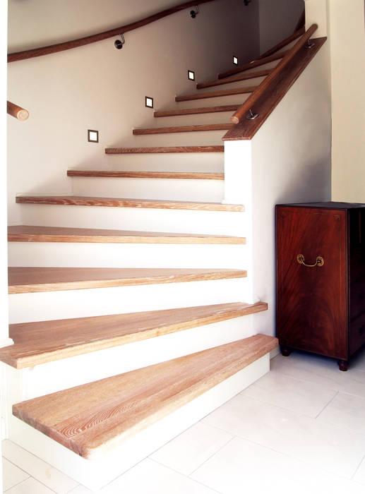 Schädlich Treppenbau betontreppe : wohnzimmer von schädlich treppenbau gmbh | homify