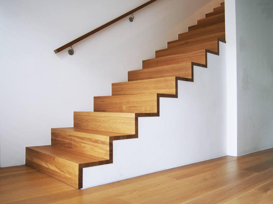 Schädlich Treppenbau betontreppe : flur & diele von schädlich treppenbau gmbh | homify