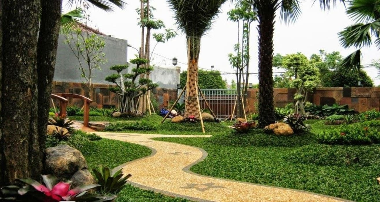 Taman Modern minimalis II:  Garden  by TUKANG TAMAN SURABAYA - jasataman.co.id