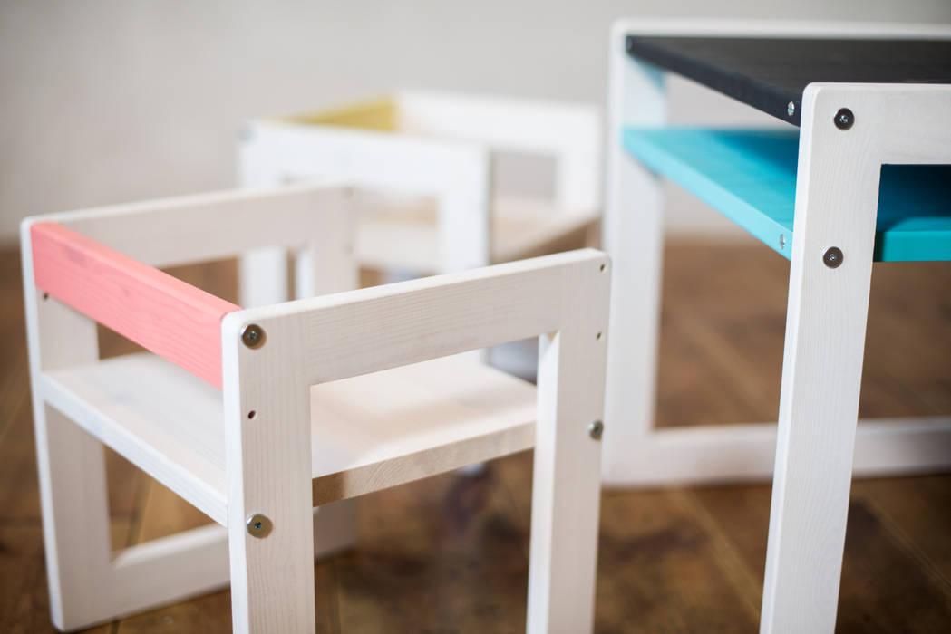 Kindertisch und – stuhl just: kinderzimmer von ekomia | homify