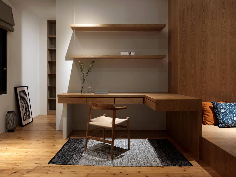 Asiatische schlafzimmer von 夏沐森山設計整合| homify