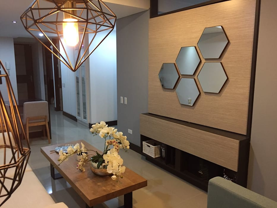 homify Modern Walls and Floors