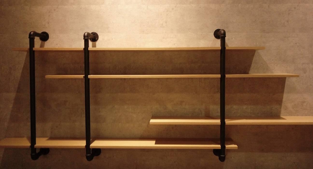 端景:  臥室 by 見和空間設計
