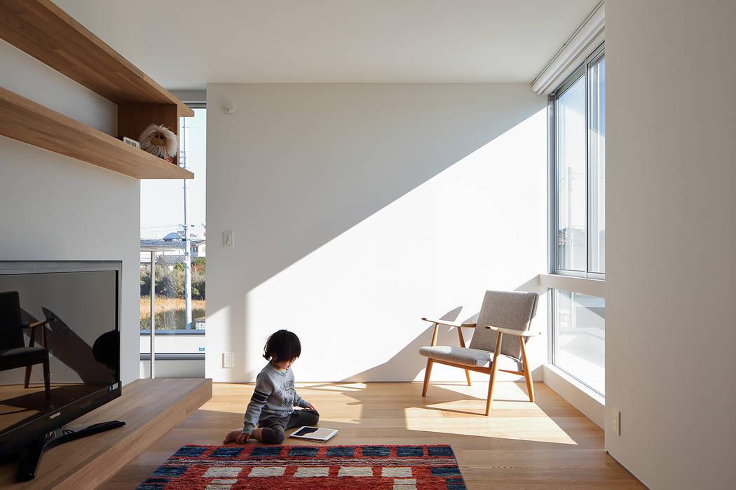 Conservatory by *studio LOOP 建築設計事務所, Modern