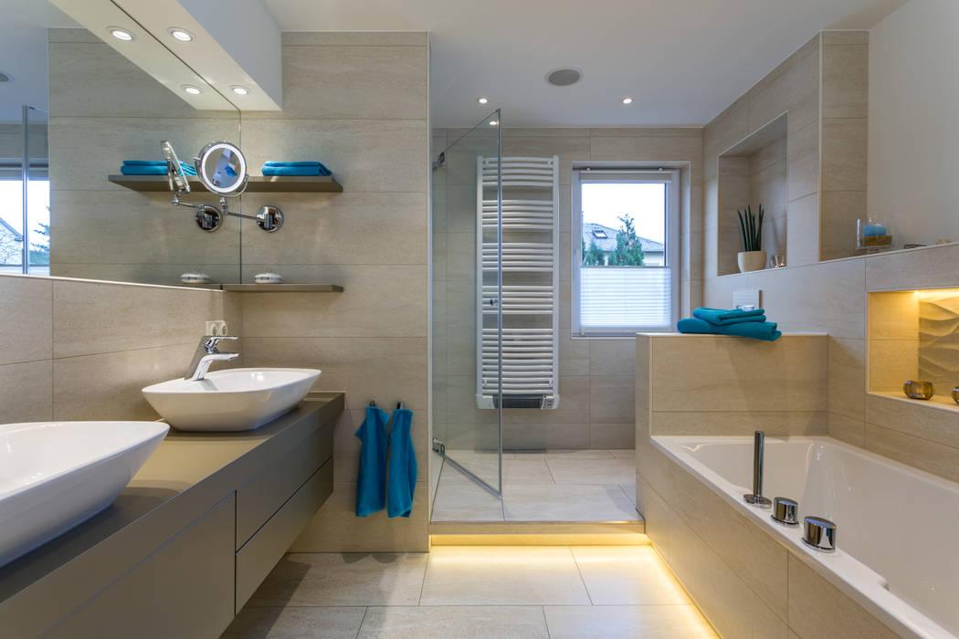 Bad mit sauna familie h.: badezimmer von klotz badmanufaktur ...
