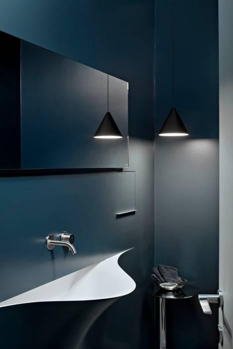 Apartment Citylife Milano: Bagno in stile in stile Moderno di PAOLO FRELLO & PARTNERS