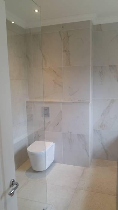 Salle de bains de style  par BHD Interiors, Moderne