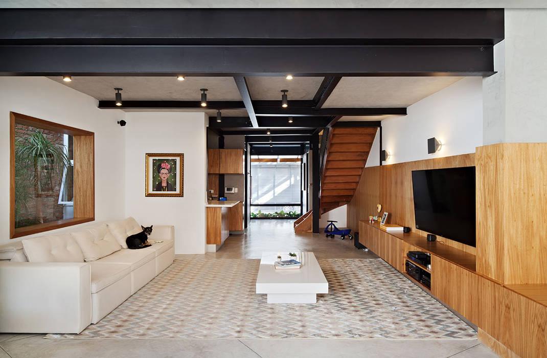 Living room by ODVO Arquitetura e Urbanismo, Modern