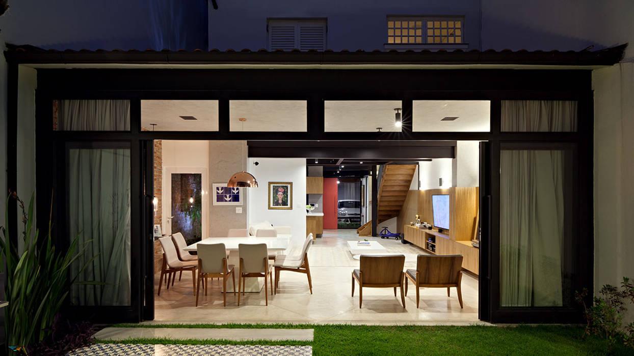 Modern living room by ODVO Arquitetura e Urbanismo Modern