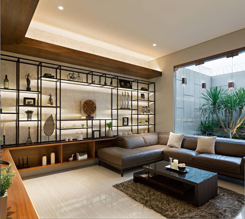 Living Room: Ruang Keluarga oleh INERRE Interior, Modern