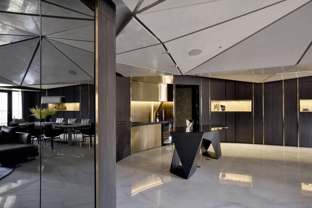 Salones de estilo  de 行一建築 _ Yuan Architects,