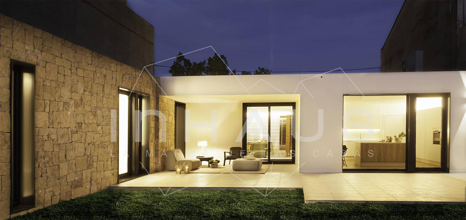 Modelo motril en valencia casas prefabricadas de estilo de casas inhaus homify - Casas prefabricadas valencia ...