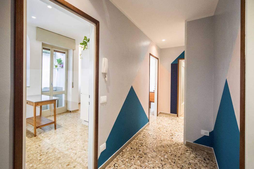 Corridoio - StreetArt di Eugenio Filippo: Ingresso & Corridoio in stile  di PADIGLIONE B
