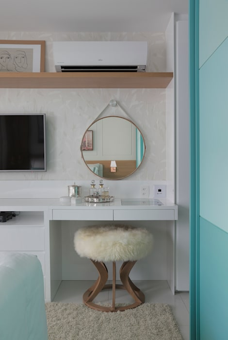 APARTAMENTO LEBLON Quartos modernos por Lana Rocha Interiores Moderno
