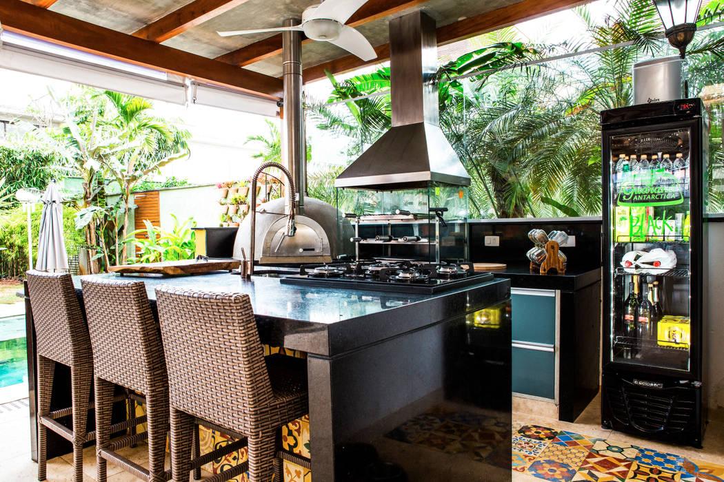 Vista 4: Terraços  por VN Arquitetura,Tropical
