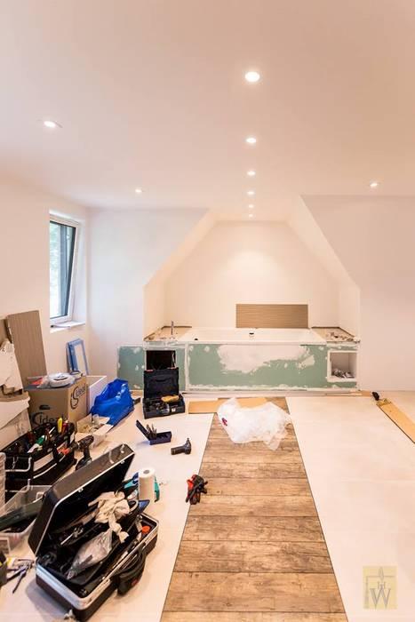 Während Umbau Badezimmer im Projekt Dachgeschoßausbau:  Badezimmer von LichtJa - Licht und Mehr GmbH