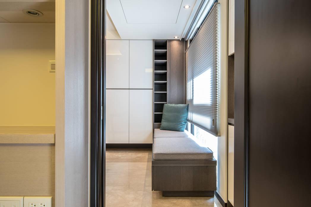 Modern style bedroom by 莫內聯合設計中心 Modern