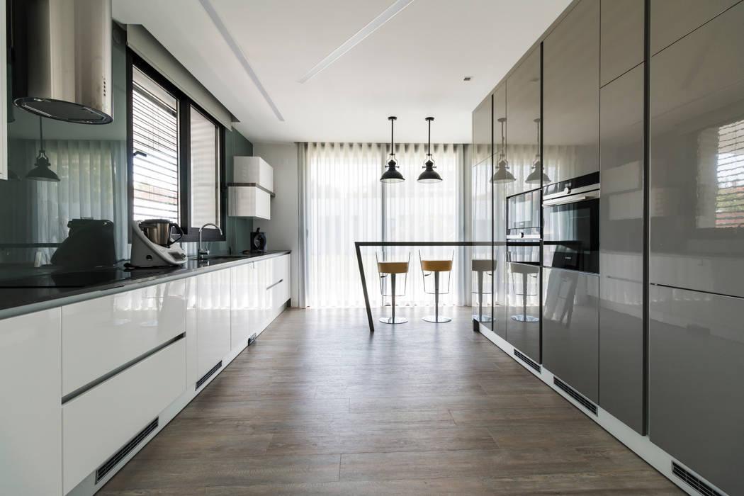 Cozinha: Cozinhas  por UNISSIMA Home Couture