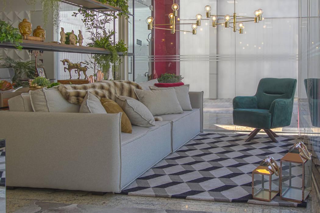Sofá Retrátil Braço Fino por Sgabello Interiores Moderno Algodão Vermelho