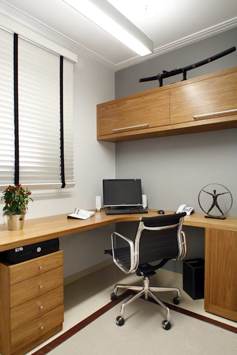 Home Office: Escritórios  por Fernanda Quelhas Arquitetura